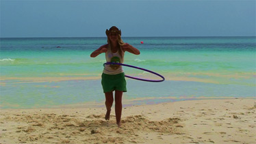 Hoop Sister discovered hula hooping completely by accident whilst travelling in the beautiful paradise of Thailand